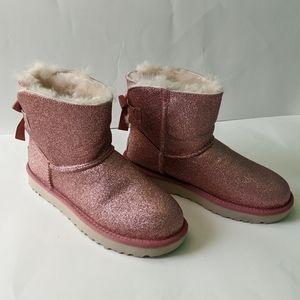 "Ugg ""Mini Bailey"" short boots size 7 BNWOB"